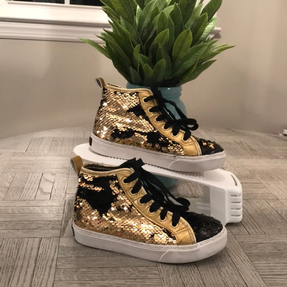 JoJo Siwa Shoes | Jojo Gold And Black